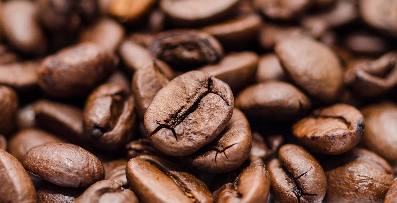 Karte mit Kaffee, Tee und Digestivs