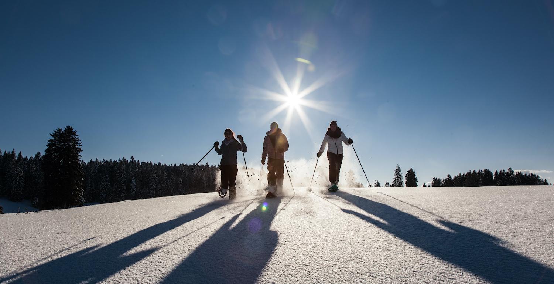 Imbach Reisen: Val-de-Travers Schneeschuhtour